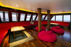 Theia - Livingroom - DUNE - Maldives diving cruise